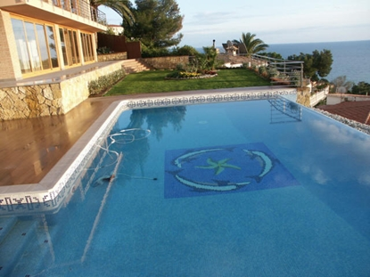 Bild von Villa with panoramic sea views in urbanization with its own beach