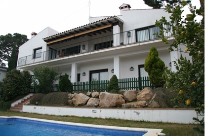 Bild von Villa with gorgeous views of the sea and the port of Palamos.